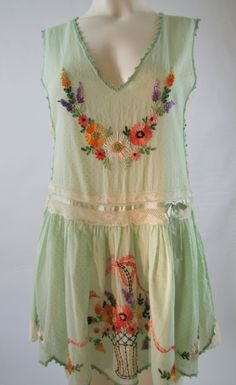 Adorable 1920's Hand Embroidered Deco Dotted Swiss Boudoir Flapper Lingerie Frock @Snax & Sass