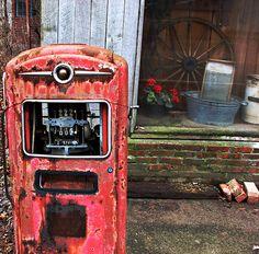 gas pump 1 by Dabadoo, via Flickr