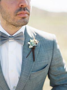 contax 645 | fuji 400h | film | groom | bowtie | boutonnieres | photo by www.romanceweddings.co.uk