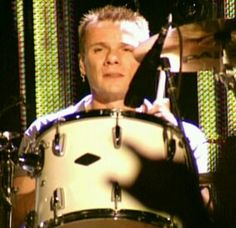 On drums #larrymullen