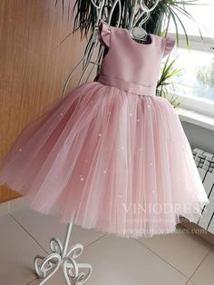 Buy Lovely Pretty Pink Round Neck Tulle Flower Girl Dresses, Cheap Wedding Little Girl in uk. Find the perfect flower girl dresses at PromDress. Our flower girl dresses come in a variety of styles & colors including lace, tulle, purple & gold Toddler Flower Girl Dresses, Tulle Flower Girl, Dresses Kids Girl, Baby Dress, The Dress, Girl Outfits, Pink Tulle, Baby Flower, Tulle Flowers