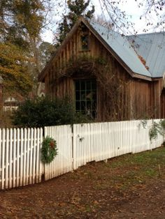 Olive Out: Christmas House Tours-Garage in Madison, Ga.