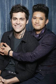 Magnus and Alec — raphaellewis: Exclusive Malec Photo Booth . Shadowhunters Malec, Shadowhunters The Mortal Instruments, Magnus E Alec, Shadow Hunters Cast, Mathew Daddario, Netflix, Gallagher Girls, Men Kissing, Alec Lightwood