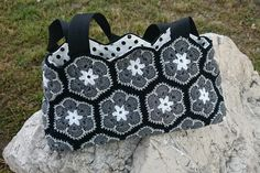 Black&White crochet bag
