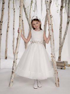 A-line tea-length tulle dress for flower girl