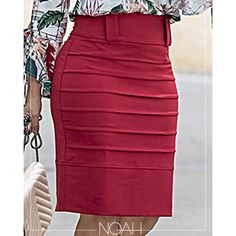 Style recommendations pertaining to gals. Look good in the sought after cost-effective style. African Print Dresses, African Fashion Dresses, Cute Fashion, Fashion Outfits, Classy Suits, Pencil Skirt Outfits, Formal Dresses For Teens, Backless Prom Dresses, Online Dress Shopping