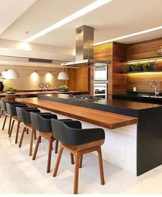 44 fabulous modern kitchen sets on simplicity, efficiency and elegance 6 Kitchen Sets, Kitchen Layout, Home Decor Kitchen, Kitchen Furniture, Rustic Kitchen, Kitchen Dining, Furniture Design, Kitchen Decorations, Kitchen Black