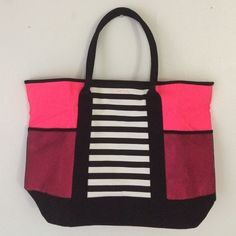 Victoria's Secret Beach Tote Bag Limited Edition VS beach tote bag! Great and spacious interior for sunscreen, sunglasses and other tanning essentials plus double straps and mesh side pockets. Tote it on you arm or sling it over your shoulder! Condition: NEW Victoria's Secret Bags Totes