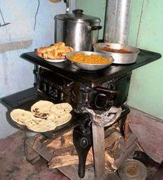 Cocina de le a antigua cocinas pinterest antigua - Estufas de lena de hierro ...