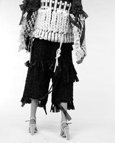 Contemporary Knitwear Design using experimental materials; innovative fashion // Hayley Grundmann