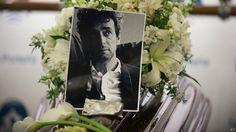 Los restos de Cerati son trasladados al cementerio -