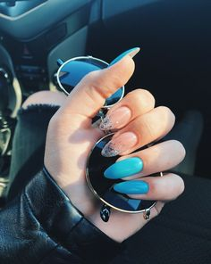 Have you discovered your nails lack of some modern nail art? Yes, lately, many girls personalize their nails with lovely … Perfect Nails, Gorgeous Nails, Pretty Nails, Pastel Nails, Blue Nails, Glitter Nails, Hair And Nails, My Nails, Heart Nail Designs