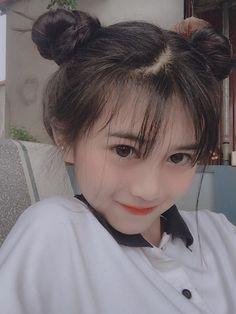 Ulzzang Korean Girl, Cute Korean Girl, Cute Asian Girls, Cute Girls, Girl Pictures, Girl Photos, Korean Hair Color, Chica Cool, Cute Kids Fashion