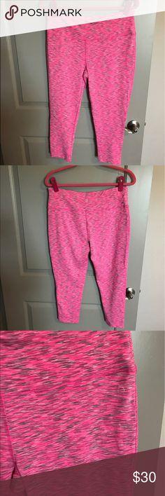 Pink Workout Capris Brand new, never worn pink Workout Capris! Vogo Pants Capris