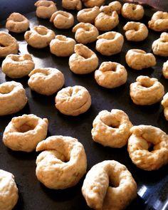 olive oil & white wine addictive biscuits