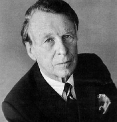 "Starting Ogilvy & Mather in 1948, David Ogilvy is now know for being one of the world's greatest ""Ad men"". Here's how he wrote his world class copy:  http://roarlocal.com/digital-marketing-insider-podcast-043-david-ogilvy-wrote-world-class-copy/"