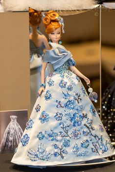 Barbie Skipper, Barbie Dolls, Barbie Stuff, Vintage Barbie Clothes, Doll Clothes, Custom Dance Costumes, Oscar Dresses, Victorian Dolls, Barbie Princess