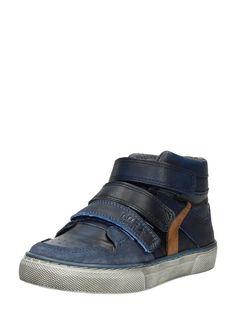 http://www.schuurman-schoenen.nl/klittenband/klittenband-hoog/little-david-ivan-2-klittenbandschoenen_blauw_8141.html