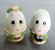 Egg People Salt and Pepper Shakers Anthropomorphic Vintage Figural Ceramic