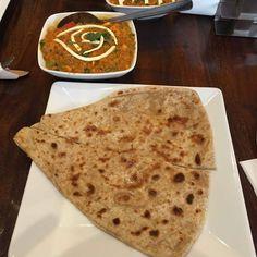 Tyle u nas curry i placków indyjskich do skosztowania! :) www.namasteindia.pl Oto jedna z możliwości. :D Fotografię opublikował Sid na Zomato.com
