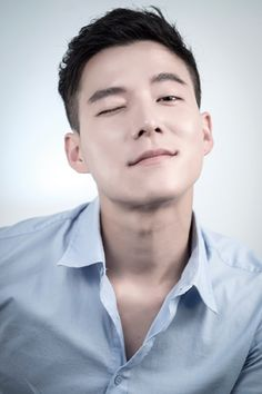 Cho Tae-Kwan - I think his character Danielle captivated lots of fangirls hearts. He's very attractive. I wonder if he will keep acting? I would love to see him in more dramas.