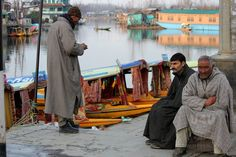 During winter season the Shikara Walas(Boatmen) are waiting for the tourists