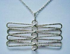 Elis Kauppi for Kupittaan Kulta (FI), rare modernist sterling silver pendant necklace, 1970s. #finland | finlandjewelry.com