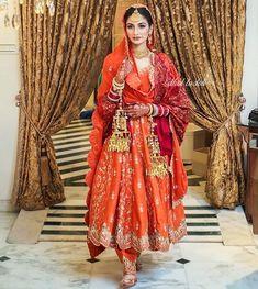 Best Trendy Outfits Part 9 Bridal Suits Punjabi, Bridal Anarkali Suits, Pakistani Bridal Dresses, Indian Dresses, Anarkali Frock, Patiala Salwar, Sharara, Bridal Lehenga, Kurti