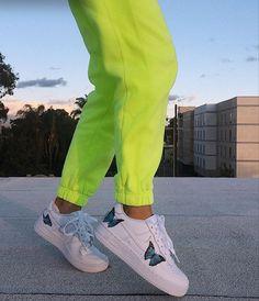 Nike Air Force Ones, How To Make Shoes, Kicks, Sweatpants, Sneakers, Fashion, Tennis, Moda, Slippers