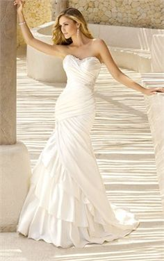 Wedding Dress Photos - Find the perfect wedding dress pictures and wedding gown photos at WeddingWire. Browse through thousands of photos of wedding dresses. Dream Wedding Dresses, Bridal Dresses, Wedding Gowns, Ruched Wedding Dress, Lace Wedding, Wedding Venues, Drop Waist Wedding Dress, Wedding White, White Bridal