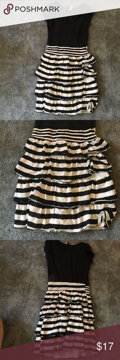 $ raised 4 Project READ-nfp helping Liberian girls Size S dress by Backless. Only worn once or twice, and dry cleaned. backless Dresses Midi