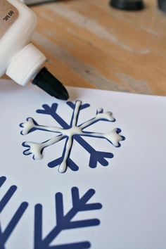 Radley related Salt, glue and watercolor painting to make snowflake art - NurtureStore Snowflakes Art, How To Make Snowflakes, Snowflake Craft, Winter Art Projects, Winter Crafts For Kids, Art For Kids, Candy Crafts, Glue Crafts, Paper Crafts