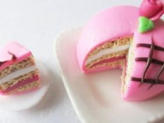 Fimo Swedish Princess Cake (PINK)