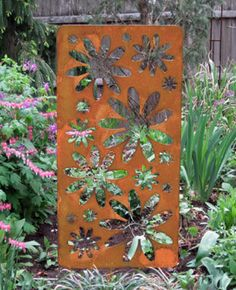 Large Rustic Accent Screen Garden Stake   Hand Crafted Metal Garden Art  Decor    TJB