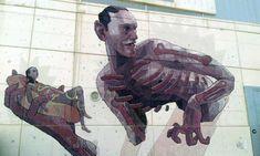 Aryz pinta mural en Madrid