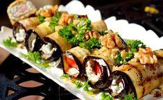 Lehký oběd nebo chutná večeře. Zapečený lilek se sýrovou náplní a ořechy. Výborná pochoutka.