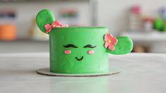 This cute cactus cake is looking sharp! kuchen This Cute Cactus Cake Is on Point Fondant Cakes, Cupcake Cakes, Buttercream Fondant, 3d Cakes, Cactus Cake, Cactus Cactus, Cactus Cupcakes, Cake Decorating Videos, Cute Desserts
