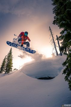 Keeping up with the joneses by Geoff Holman / 500px #snowboarding #snowboarder #snowboard https://500px.com/photo/63190727/keeping-up-with-the-joneses-by-geoff-holman