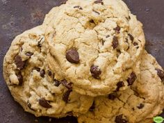 Recipe by Maria England Ingredients 1 oz butter, at room temperature 1 oz Natvia tsp salt 2 eggs 2 tsp vanilla extract 2 oz chocolate chips (sugar free if desired) 1 tsp baking… Chocolate Chip Biscuits, Chocolate Chip Muffins, Chocolate Chip Recipes, Chocolate Chips, Sugar Free Baking, Sugar Free Recipes, Baking Recipes, Cookie Recipes, Low Calorie Cookies