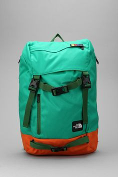 Usually North Face is the sign of the douche, but I gotta say.. I'd rock this.