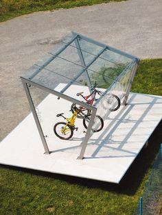 edge | Bicycle shelter by mmcité Free Standing Carport, Garage Velo, Vertical Bike Rack, Bike Shelter, Velo Design, Bike Storage Rack, Garden Fence Panels, Public Space Design, Shelter Design