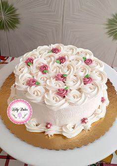 Cake Decorating Frosting, Cake Decorating Designs, Creative Cake Decorating, Cake Decorating Videos, Birthday Cake Decorating, Cake Decorating Techniques, Creative Cakes, Candy Birthday Cakes, Elegant Birthday Cakes