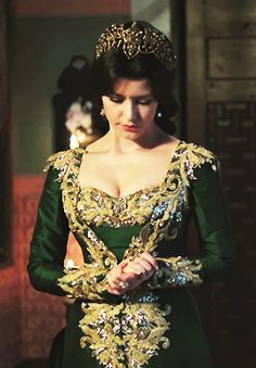 Kosem Sultan's Magnificent dress #kosemsultan #tvseries