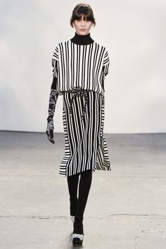 Tanya Taylor Herfst/Winter 2015-16. Click on the image to see the entire show.