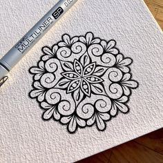 Wee Drawn on Das Watercolour. Best Picture For long Mandala Design For Your Taste You are loo Mandala Doodle, Mandala Drawing, Zen Doodle, Doodle Art, Doodle Patterns, Zentangle Patterns, Zentangles, Art Drawings Sketches, Easy Drawings