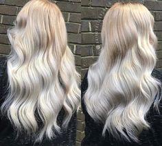 Pearl blonde balayage