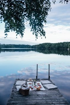 Dock picnic in Sweden We just returned back home after a wonderful weekend in Sweden with our dear friends Signe and Marie. First we drove to Copenhagen, where we enjoyed a delicious gathering in Signe's gorgeous studio before we all headed to Sweden. Beautiful World, Beautiful Places, Beautiful Pictures, Dream Dates, Images Instagram, All Nature, Lake Life, Travel Inspiration, Travel Ideas