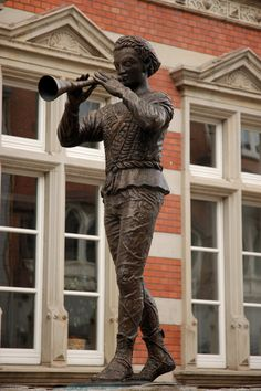 Statue of the Pied Piper, Hamelin, Germany