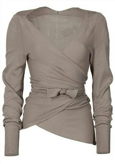 Cute, classy, comfy taupe top.