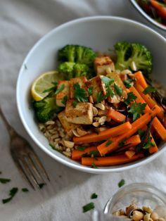 Salada de cenoura e algas, com molho de gengibre e lima - Compassionate Cuisine
